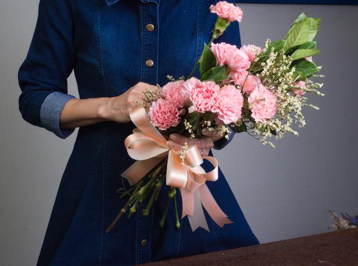 慶祝周年紀念要送什麼花?告訴你結婚周年紀念名稱及對應花語氹另一半! 結婚1周年紀