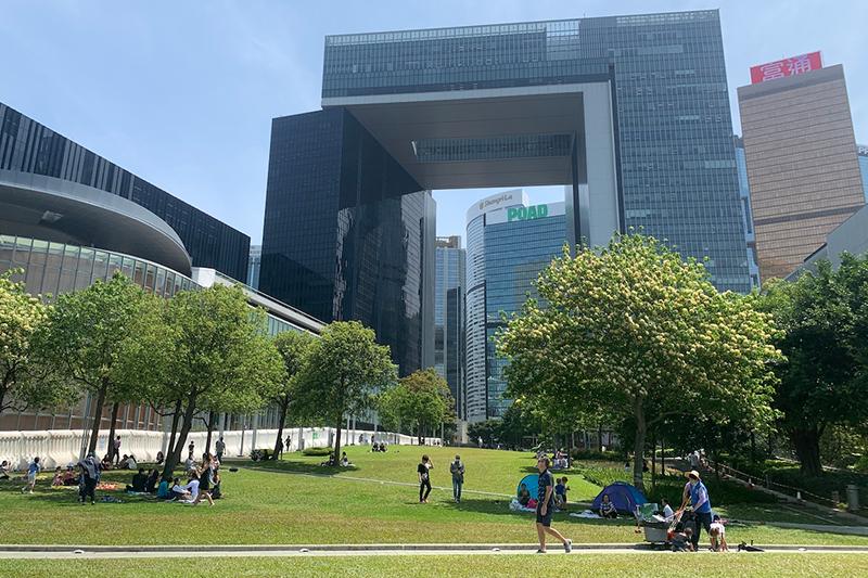 【香港野餐好去處】港九新界野餐地點介紹 草地公園配維港海景 帶貓狗或揸車都去到
