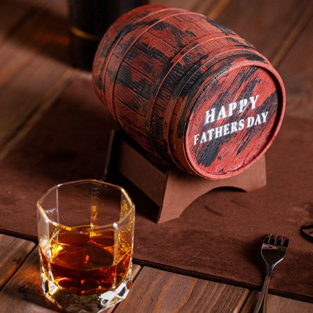 父親節蛋糕2021丨型格限定蛋糕推薦!威士忌酒桶蛋糕丶古董錢七雪糕蛋糕 「榛子朱