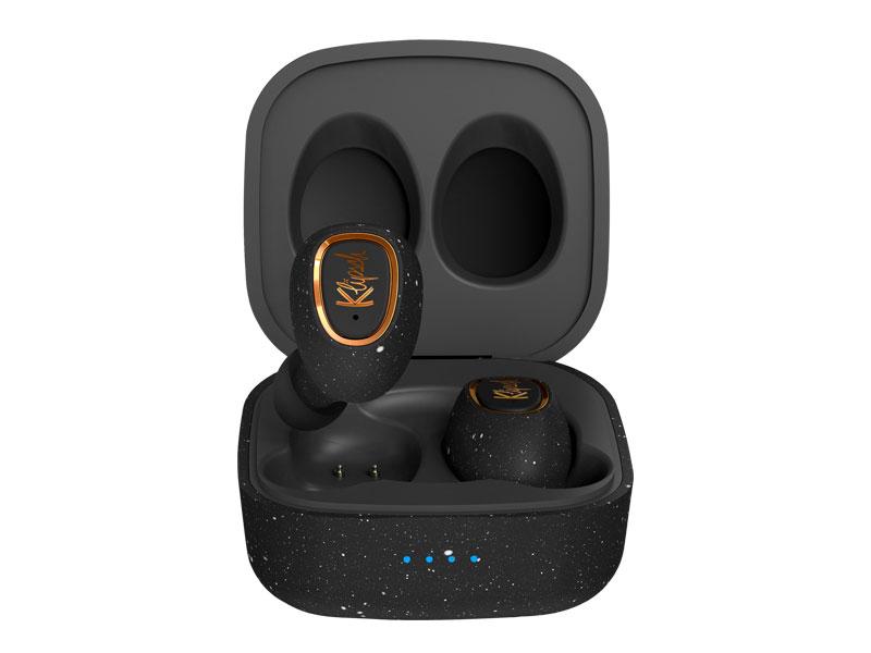 【2021電子產品禮物推薦】男朋友/老公最想收到的實用生日禮物 去年全新推出的 T2 True Wireless 耳機不單止有完美舒適的佩戴感、清晰聲音和不受束縛的聆聽體驗,耳機支援無線充電,單次充滿
