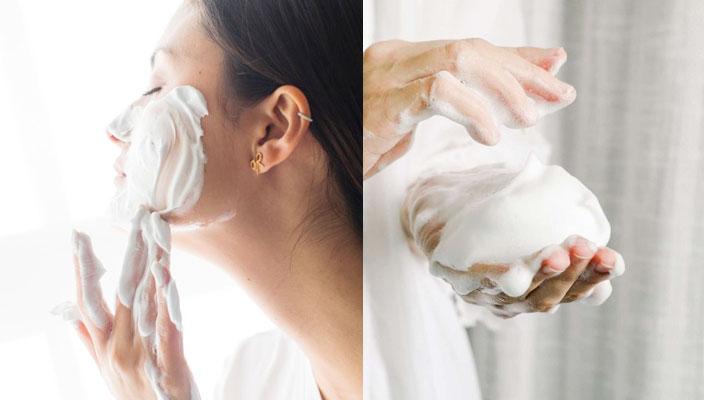 敏感肌護膚品推薦|秋冬轉季保養3大秘訣|不再缺水脫皮、妝容更光滑貼服  秋冬潔面建議改用添加乳霜成分的洗面乳,加水搓揉至細緻泡沫,清潔效能較為溫和,洗後也較不會有緊繃感的感覺,清潔同時保留油脂在皮膚上