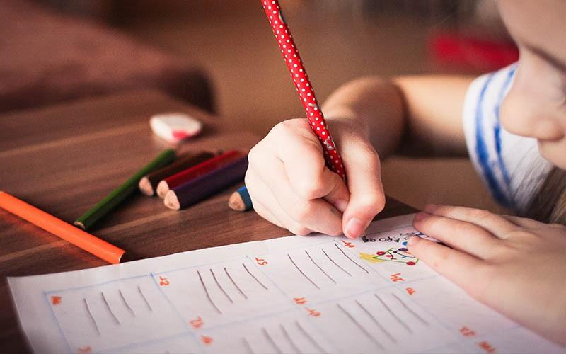 上課不專心就是ADHD?精神科醫生為你拆解3大疑問
