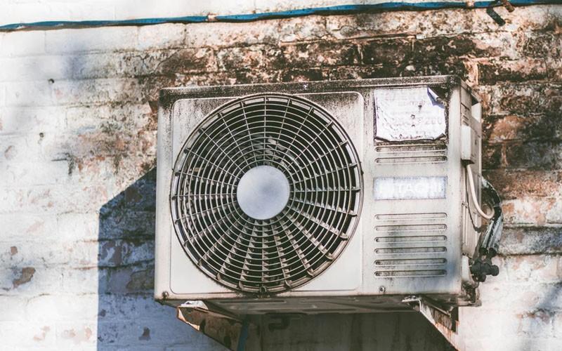 【謝絕臭味】清潔冷氣機懶人包(9大注意事項)