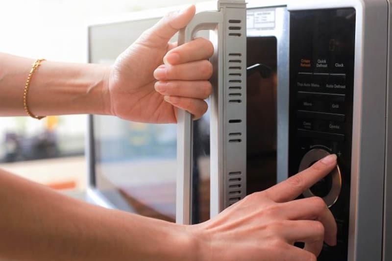 4種解凍方法大比拚 室溫解凍是最差的方法?