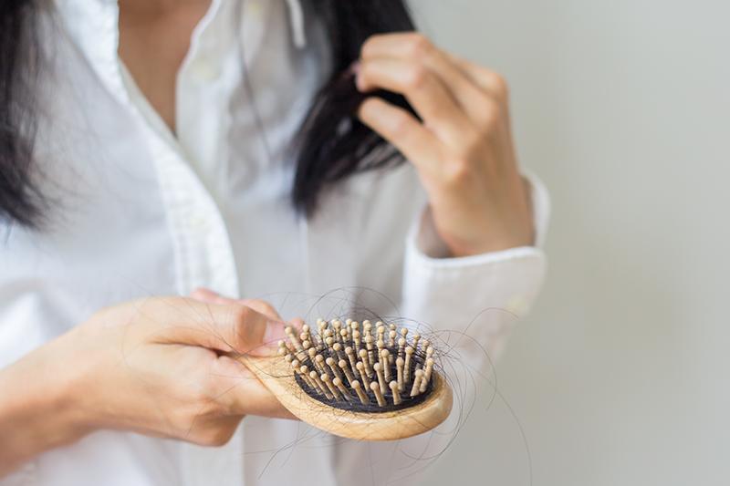 產後脫髮原因是甚麼?防脫髮的3個謬誤與3個方法