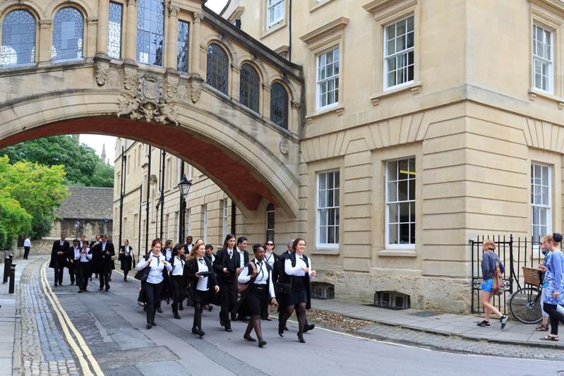 英國升學|牛津劍橋收生門檻|不只看成績收生?報讀牛津劍橋必須先了解的準備工夫