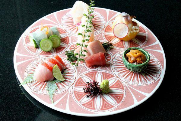 那夜,我「呃」爸爸一起去吃日本菜